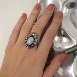 New York & Company silver white marble ring